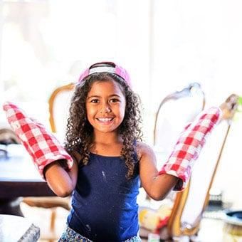 Oven mitts cleverly stop children from scratching itchy skin.