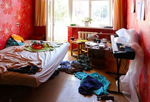 Adult ADHD patients and adolescents may be overwhelmed by clutter.