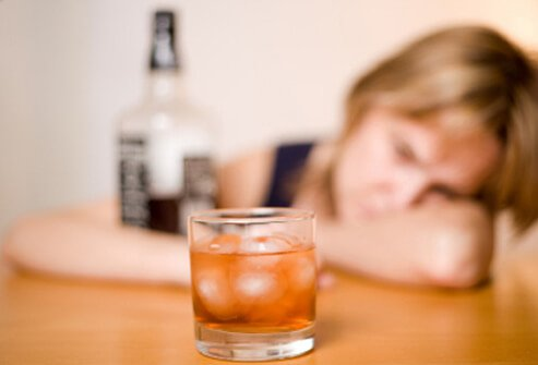 Heavy alcohol consumption can cause many health problems.