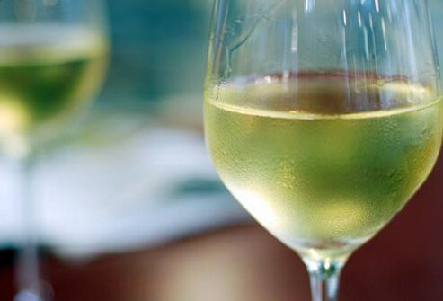 Photo of white wine.