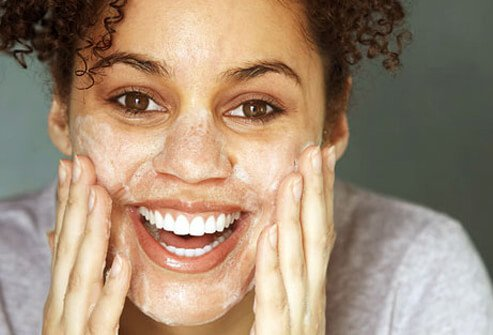 Incorporate oil-free products into your beauty routine.