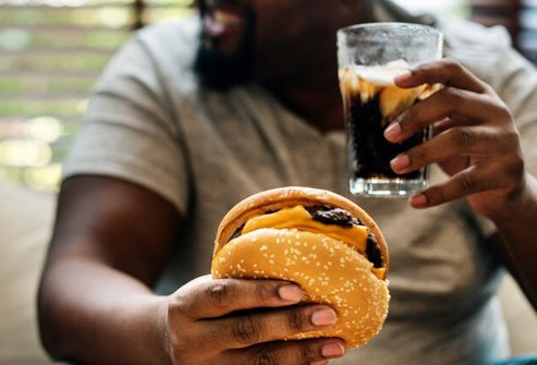 Avoiding unhealthy processed foods is part of the paleo diet.
