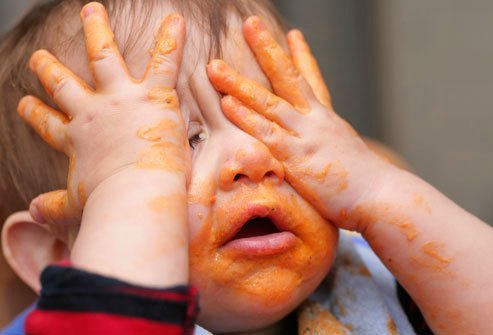 Research shows that babies learn from making messes of their meals.
