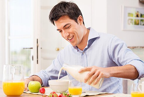 Food that helps battle depression includes vitamin D-fortified dairy and non-dairy milk and enriched cereal and juices.