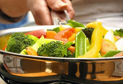 Getting a wide variety of healthy vegetables gives your body many benefits.