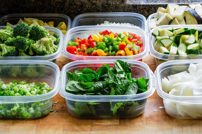 Do not reheat leftovers in plastic containers.