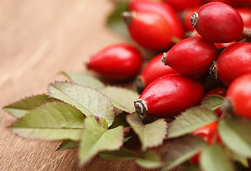Retinoids from rosehip and carrot encourage cell turnover and collagen production.