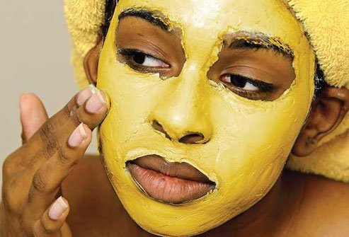 Some people claim that putting a turmeric mask on their skin or eating turmeric will help fight stubborn pimples.
