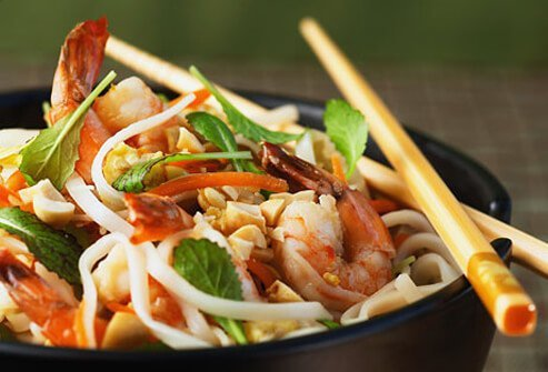 Thai food offers heart-healthy sauces and fresh vegetables.