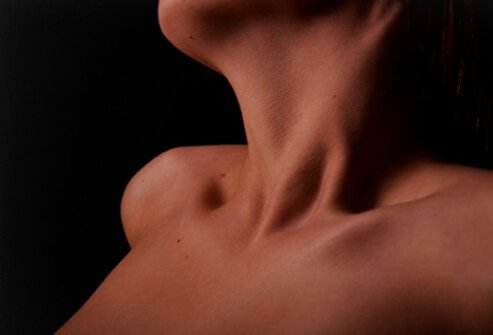 An image of a woman's neck.