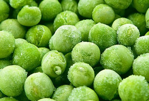 Sweet, frozen peas are singled out by EWG as having few residual pesticides, making conventionally-farmed peas a fine choice.