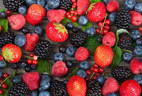 Berries are high in fiber and antioxidants that reduce inflammation and the risk of heart disease and cancer.