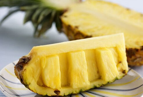 Potential bladder leakage causes include acidic fruits like pineapple.