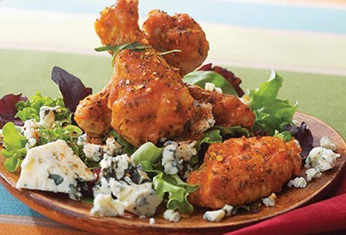 Fried meat, oily sauce, and cheese push the calories in this meal through the roof at one popular restaurant.